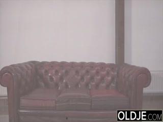 Порно видео со зрелой блондин